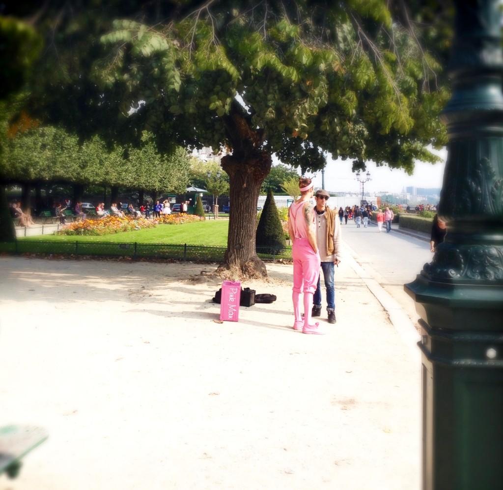 Pink_Man.Paris